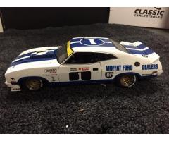 30 Model Cars BIANTE / AUTO Art / CLASSIC